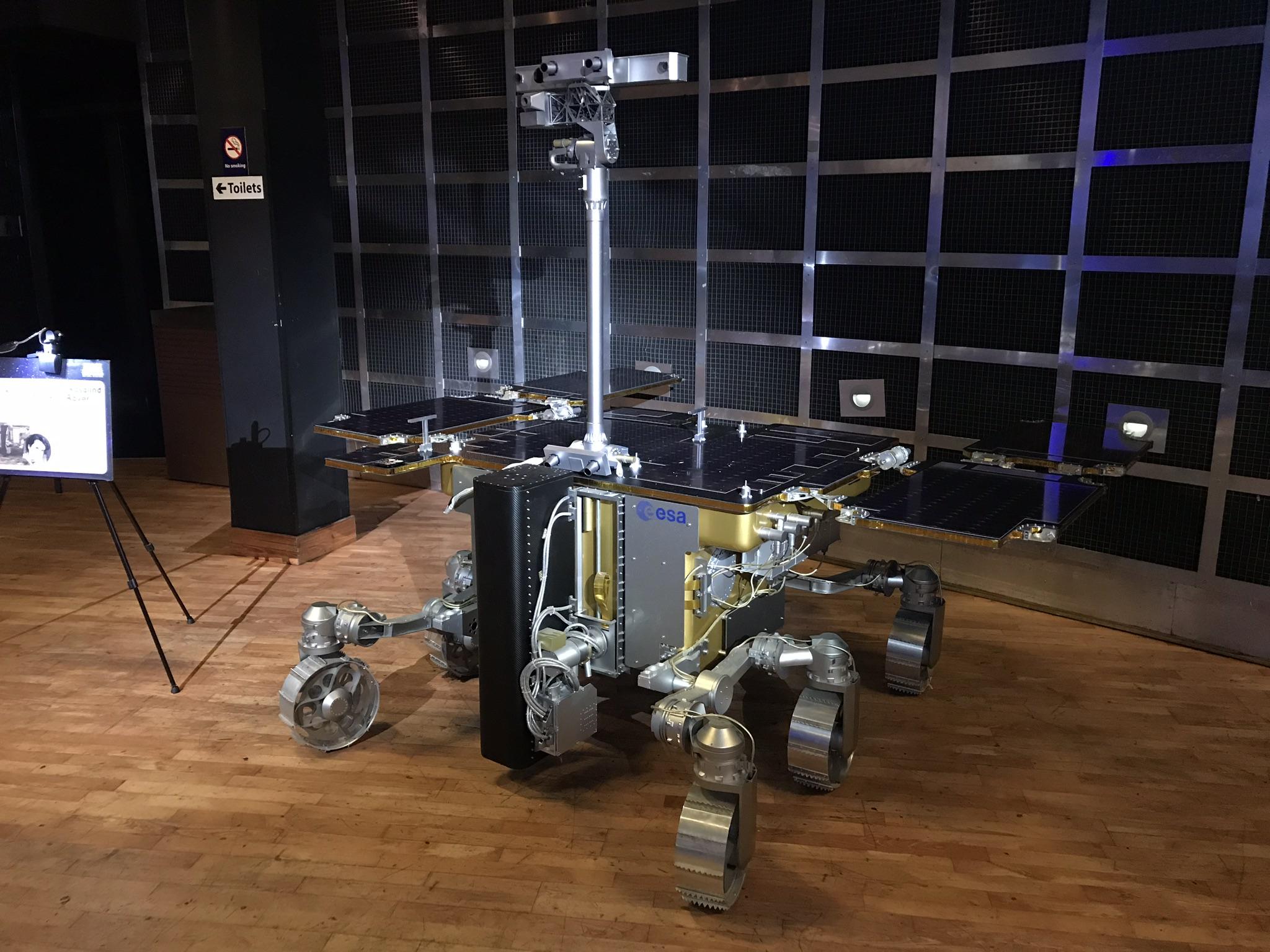 Exomars Rover 1:1 space model